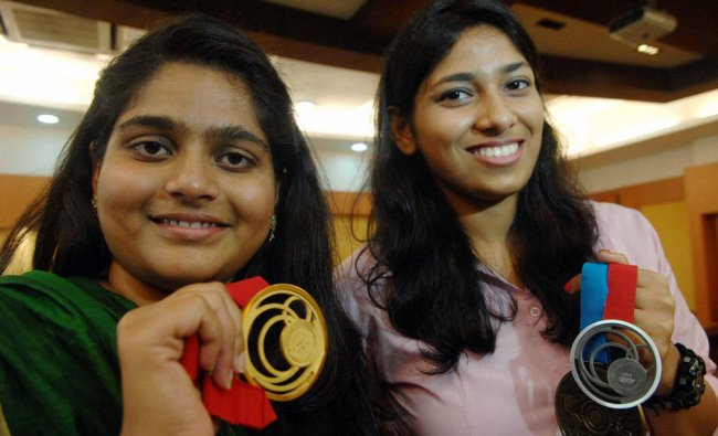 CWG medalists Rahi Sarnobat and Ayonika Paul after being felicitated by Maharashtra govt ...