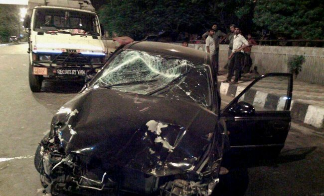 Wreckage of a car after an accident at Inderlok in New Delhi ...
