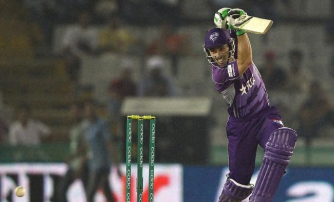 Jonathan Wells plays a shot against Kings XI Punjab