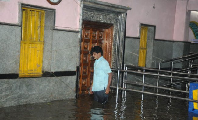 The Galli Anjaneya Temple at Mysore Road was flooed due to the heavy rain at in Bangalore...