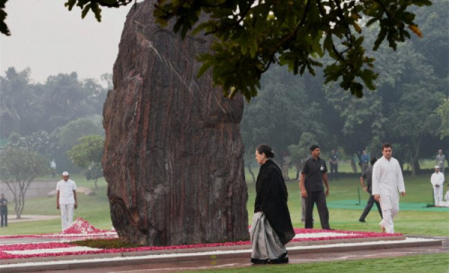 Congress President Sonia Gandhi and Rahul Gandhi paying tribute to former Prime Minister...