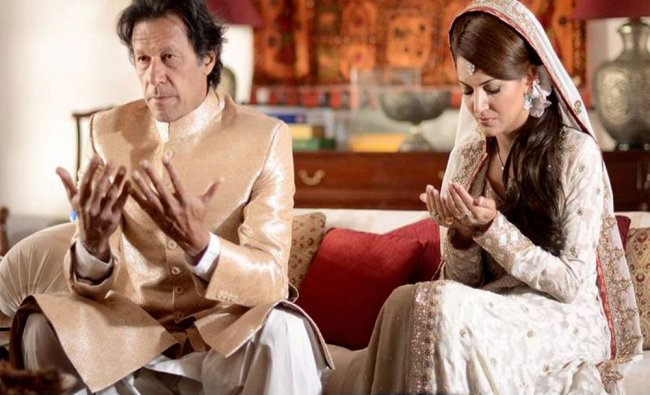 Pakistan\'s cricketer-turned-politician Imran Khan and TV anchor Reham Khan after their marriage...