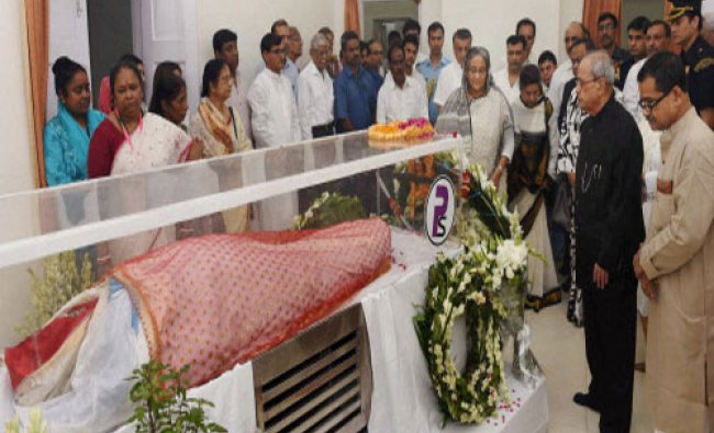 Bangladesh Prime Minister Sheikh Hasina paying her last respects to first Lady Suvra Mukherjee...