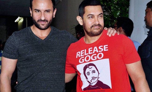 Bollywood actor Aamir Khan and Saif Ali Khan spotted in Bandra...