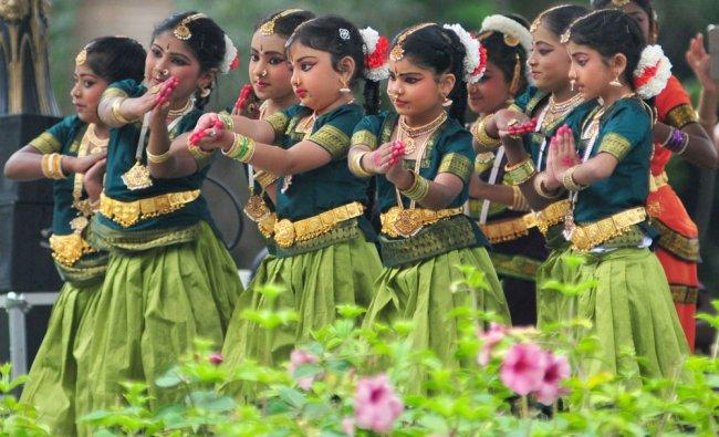 Students of Natyabhairavi dance school performing Bharathanatyam during no vehicle day...