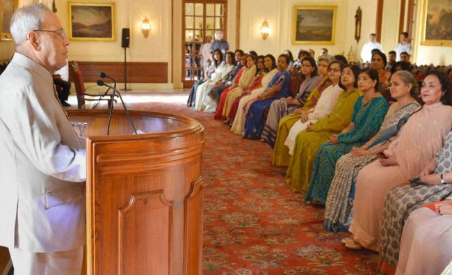 President Pranab Mukherjee speaking to contributors to the book- \'30 Women in Power: Their Voice ...