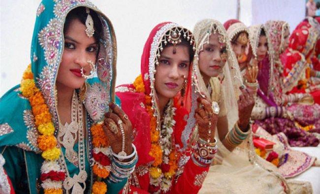 Muslim brides during a mass marriage (Ijtimai Nikah), organised under \'Mukhyamantri Nikah Yojna\' ...