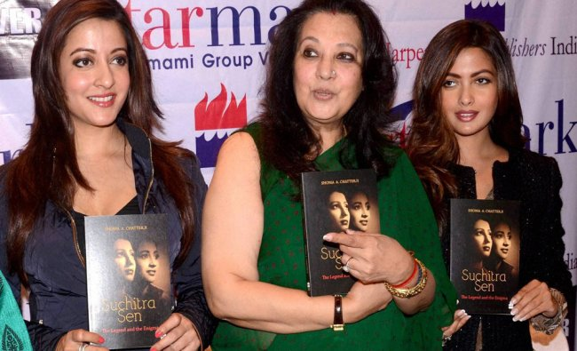 Moon Moon Sen with film actors & daughters Riya Sen and Raima Sen...