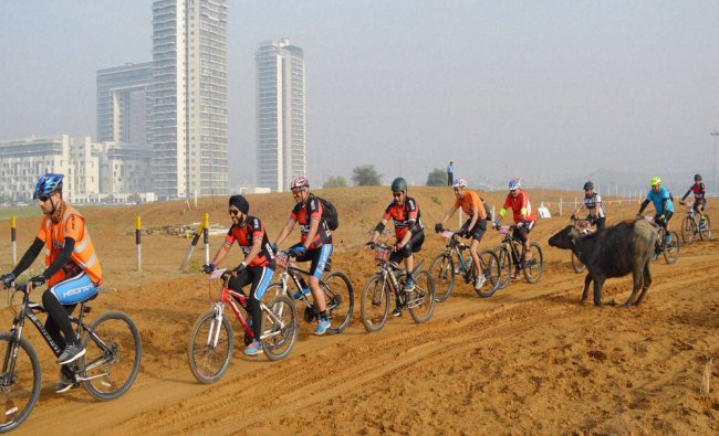 Cylists take part in a Mountain bicycle race \'Firefox Firestorm 2016\' in Gurgaon...