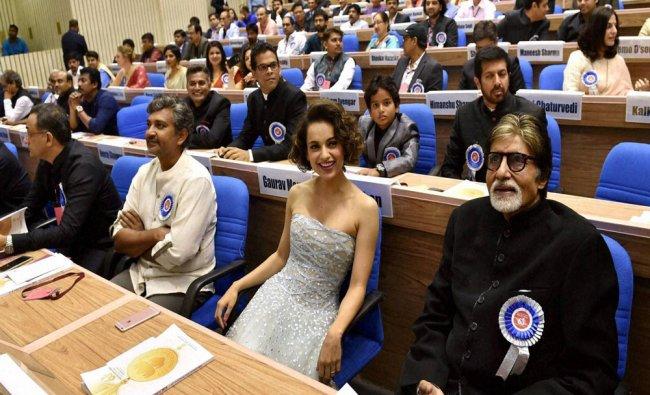 Winner of Best Actor award Amitabh Bachchan and Best Actress award Kangna Ranaut...