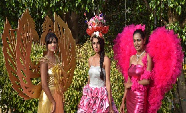 Models warring different dresses at Abhinandana Sambhrama award function of Rotary International..
