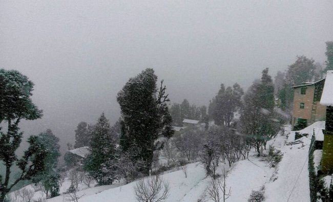 Heavy snowfall in Chamba district of Himachal Pradesh...