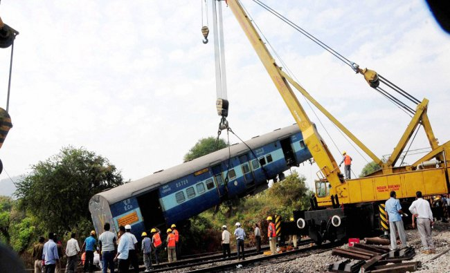 Rescue and relief work in progress at the site where Jagdalpur-Bhubaneswar Express train derailed...
