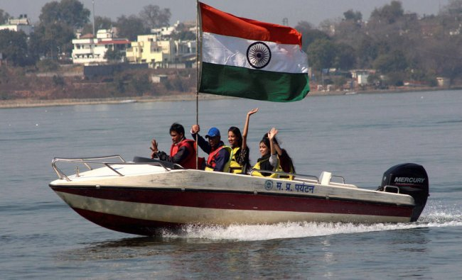 People enjoying boat ride on the eve of Republic Day at Upper Lake in Bhopal...
