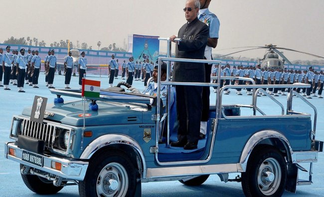 President Pranab Mukherjee during the presention of President\'s \'Standards\' to the 125 Helicopter...