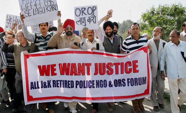 Members of Non-Gazetted Police Pensioners Welfare Forum demand implementation of OROP and payment...