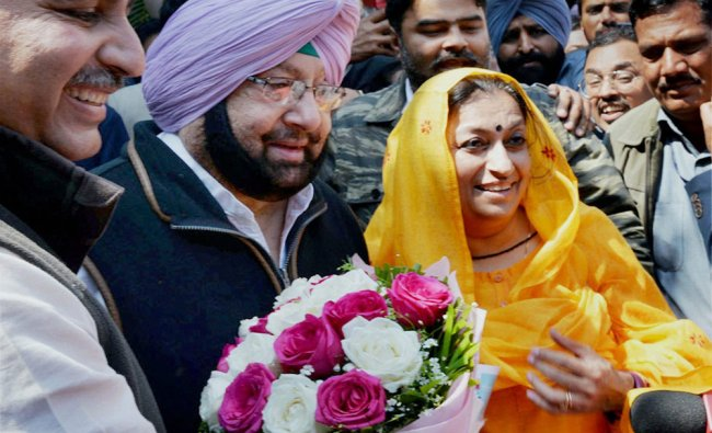 PPCC President Capt Amrinder Singh party leaders at a press conference after the party\'s thumping...