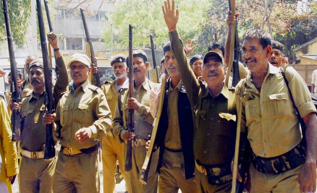 Bihar Home Guard jawans, demanding pay equal to the police force and other para-military outfits....