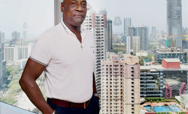 Sir Vivian Richards pose for media after one to one...