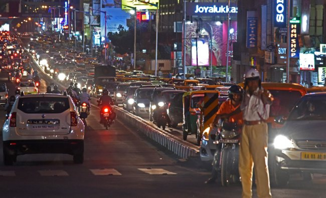 Heavy Traffic is seen in MG Road, due to Royal Challengers Bangalore (RCB) vs Delhi Daredevils...