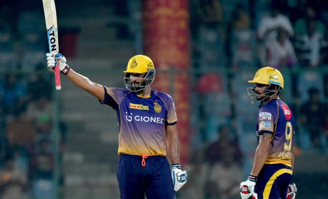 Yusuf Pathan celebrates his fifty during the IPL match against Delhi Daredevils