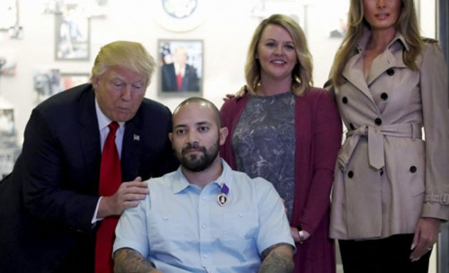 Donald Trump awards a Purple Heart to U.S. Army Sgt. First Class Alvaro Barrientos