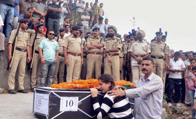 Daughter of CRPF martyr Sanjay Kumar, who was killed in Naxal attack in Sukma chhattisgarh, wail ...