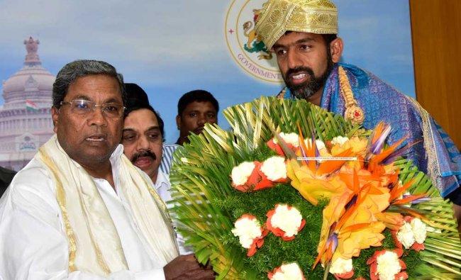 Chief Minister Siddaramaiah felicitates Indian Tennis Player Rohan Boppanna on success...