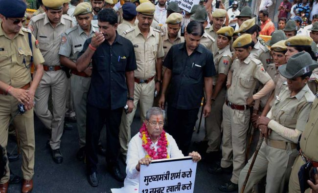 Senior BJP MLA Ghanshyam Tiwari stages \'satyagraha\' against Rajasthan Chief Minister Vasundhara...