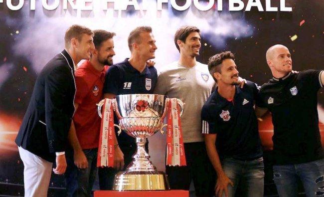 John Johnson of Bengaluru FC, Bruno Filipe Tavares Pinheiro of FC Goa, Lucian Goian of ...