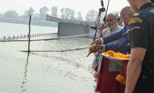 President Ram Nath Kovind, prays at the holy pond during Gita Yajna at Kurukshetra, Haryana...