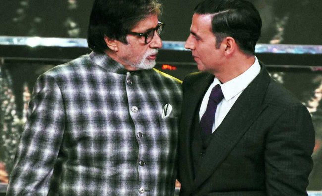 Actors Amitabh Bachchan and Akshay Kumar at the closing ceremony of the 48th International...