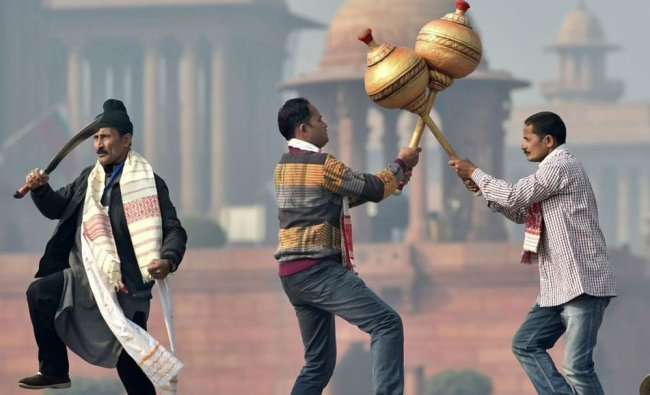 Tableaux artists rehearse for the upcoming Republic Day parade at Rajpath in New Delhi...