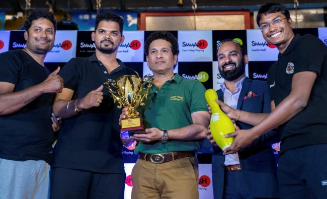 Cricket legend Sachin Tendulkar at the prize distribution ceremony of Pinstrike National Corporate Bowling Tournament, 2018 near Hyderabad on Thursday. PTI