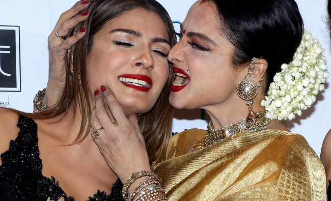 Bollywood actress Rekha and Raveena Tandon during the 11th GeoSpa asiaSpa India Awards event in Mumbai. PTI Photo