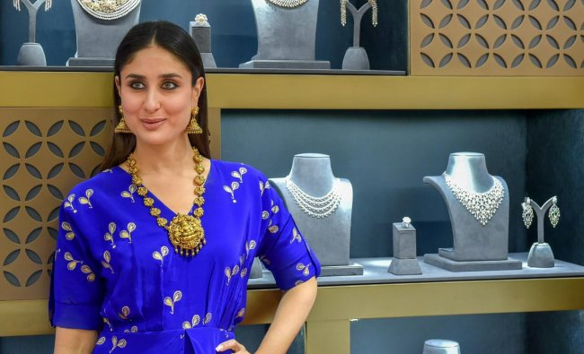 Bollywood actor Kareena Kapoor Khan poses after unveiling new collection of Jewellery in Gold, Diamonds and Platinum at a showroom in New Delhi on Friday. PTI Photo