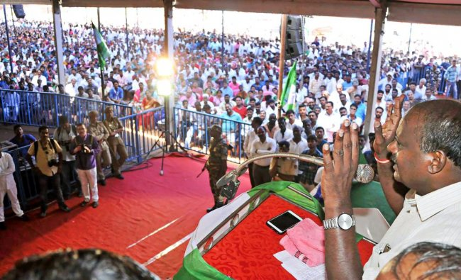 JD(S) chief and former chief minister H D Kumaraswamy during an election campaign at Chikmagalur in Karnataka on Sunday. PTI