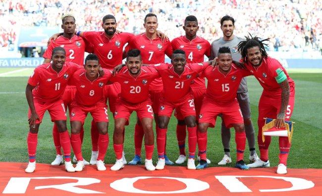 Soccer Football - World Cup - Group G - England vs Panama - Nizhny Novgorod Stadium, Nizhny Novgorod, Russia - June 24, 2018 Panama players pose for a team group photo before the match REUTERS