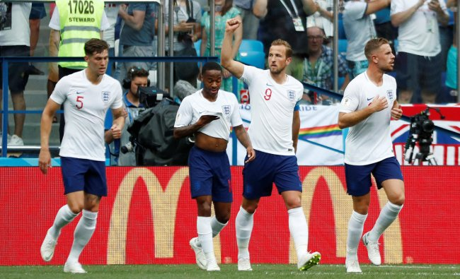 Soccer Football - World Cup - Group G - England vs Panama - Nizhny Novgorod Stadium, Nizhny Novgorod, Russia - June 24, 2018 England\'s Harry Kane celebrates scoring their second goal with team mates REUTERS