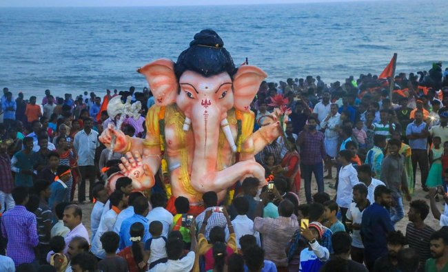 Devotees carry a Lord Ganesha for immersion during \' Ganesh Utsav\' celebration, in Nagercoil, Sunday, Sep16, 2018. (PTI Photo)