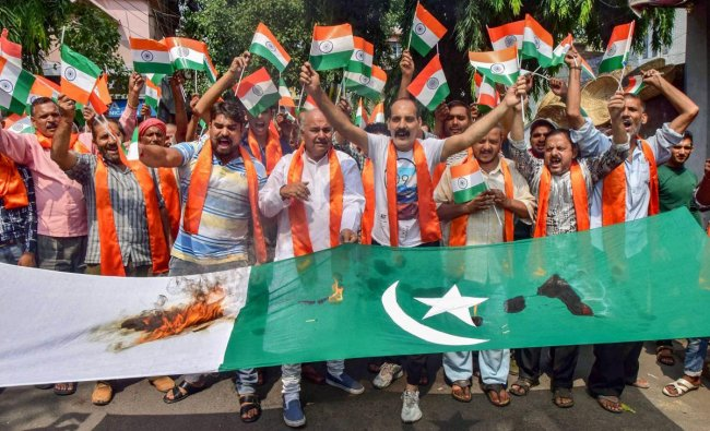Jammu: Activists of Shiv Sena Dogra Front protest against Pakistan over the killing of SPOs by the militants, in Jammu, Friday, Sep 21, 2018. (PTI Photo)