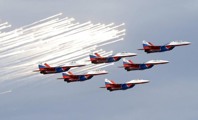 Russia\'s Aeroacrobatic group Strizhi jets perform before the Russian Formula One Grand Prix at the Sochi Autodrom circuit in Sochi, Russia, Sunday, Sept. 30, 2018. (AP/PTI Photo)