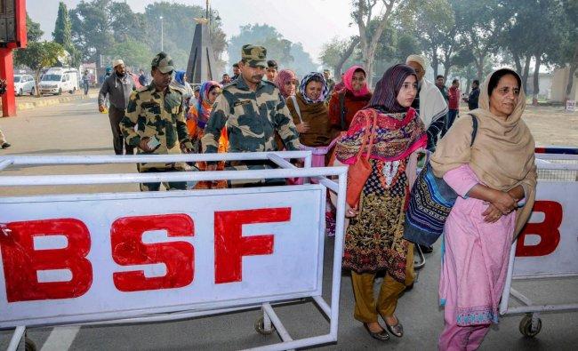 Pakistani tourists visit India Attari: Pakistani tourists on way back to their country, at Attari Wagah border, Wednesday, Nov. 28, 2018. (PTI Photo