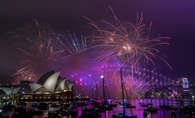 Fireworks explode over the Sydney Harbour during the New Year\'s Eve celebrations in Sydney. AP/PTI