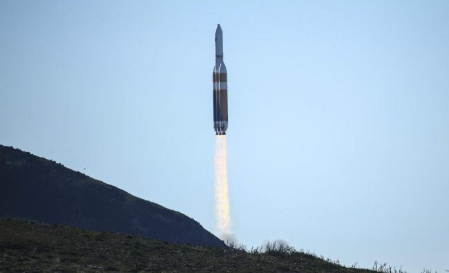 A Delta 4 Heavy rocket carrying a U.S. spy satellite lifts off from Vandenberg Air Force Base in California. (AP/PTI Photo)