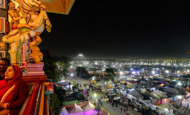 Allahabad: A view of temporary tents set up for devotees and Ascetics at the bank of river Ganga ahead of Mauni Amavasya bath festival during the ongoing Kumbh Mela-2019, in Allahabad Saturday, Feb 02, 2019. (PTI Photo)