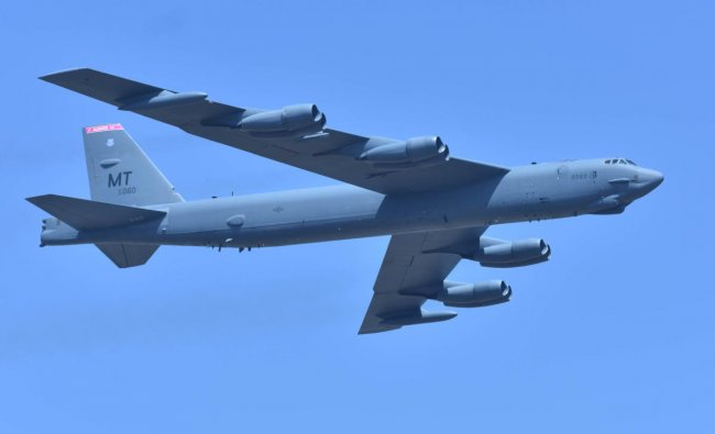USAF the Boeing B52 flays during the inauguration of Aero India 2019 at Yelahanka Airbase in Bengaluru on Wednesday 20th February 2019. (DH Photo by Janardhan B K)