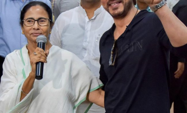 Bollywood actor Shah Rukh Khan meets West Bengal Chief Minister Mamata Banerjee at CM\'s office, in Nabanna, in Howrah, Tuesday, March 26, 2019. (PTI Photo)