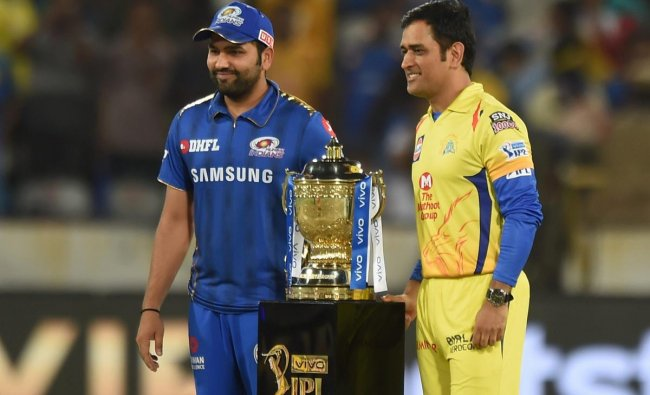 Skippers of CSK MS Dhoni and MI Rohit Sharma pose with the trophy before the Indian Premier League 2019 final cricket match between Chennai Super Kings (CSK) and Mumbai Indians (MI), at Rajiv Gandhi International Cricket Stadium in Hyderabad, Sunday, May 12, 2019. (PTI Photo)