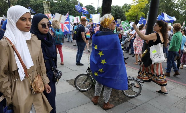 People attend the anti-Brexit \'No to Boris, Yes to Europe\' march in London. (Reuters Photo)